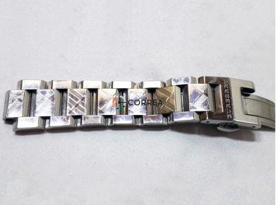 Удаление рисунка на браслете часов Burberry